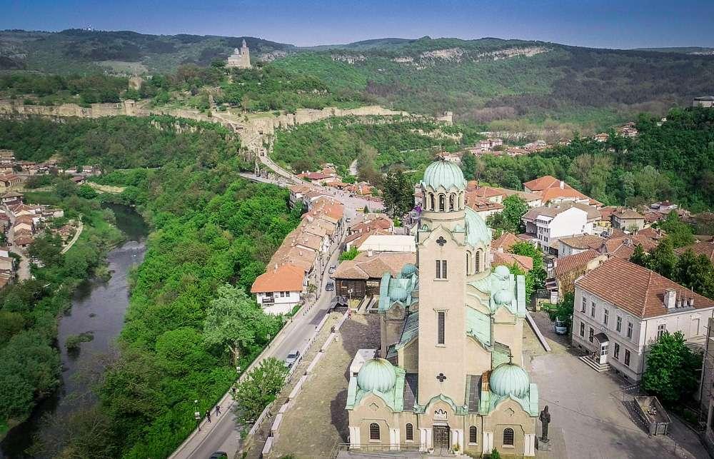 katedralen-hram-rozhdestvo-bogorodichno-veliko-tarnovo-3