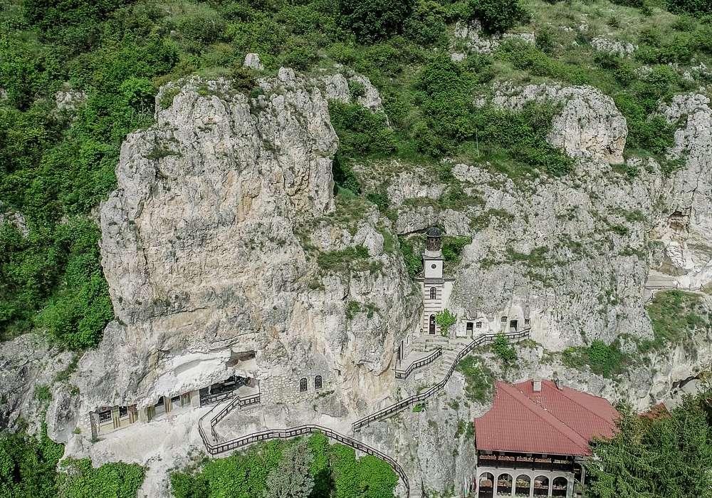 manastir-dimitar-basarbovski-ruse