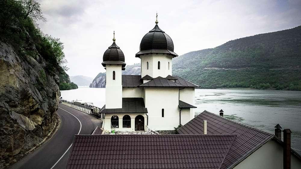 Manastir-Mrakonia-Romania-2