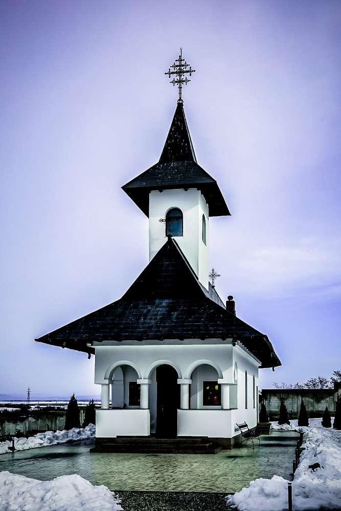 manastir-Zhiana-Romania