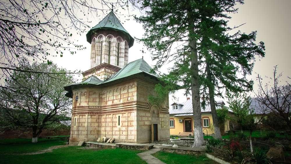 manastir-kalui-romania4