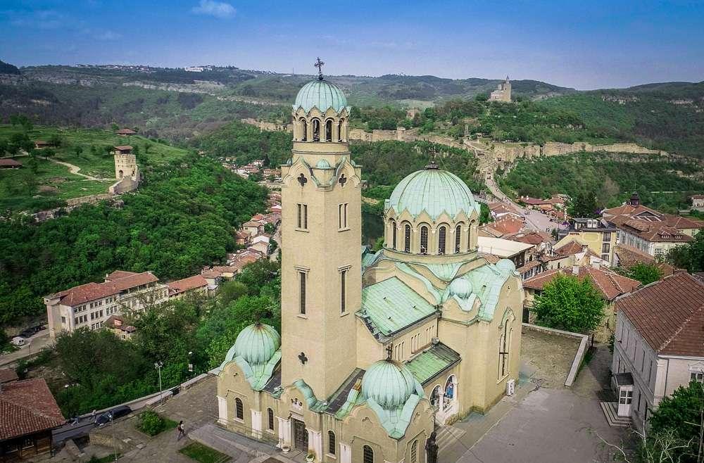 katedralen-hram-rozhdestvo-bogorodichno-veliko-tarnovo-2
